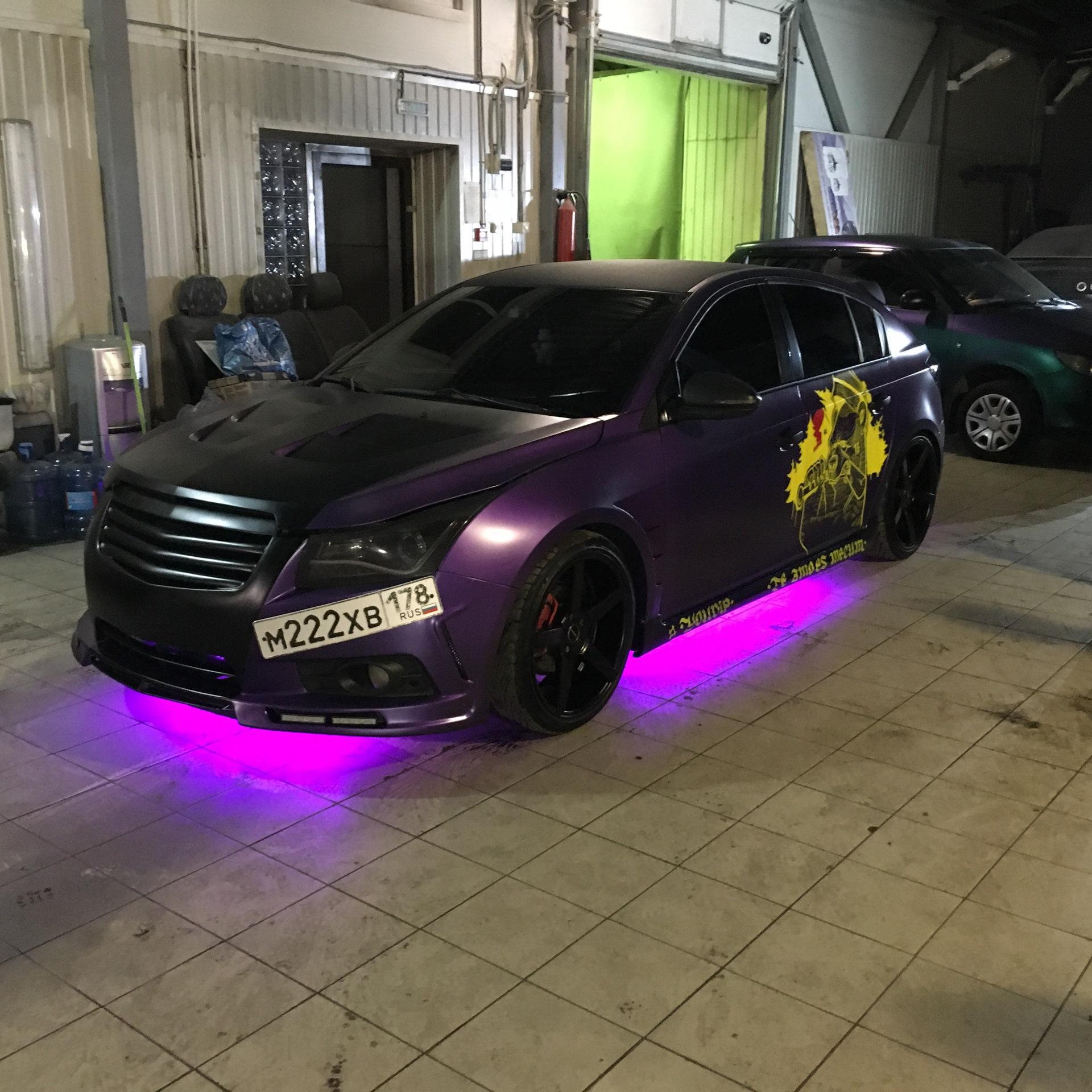 Светодиодная подсветка днища авто с телефона